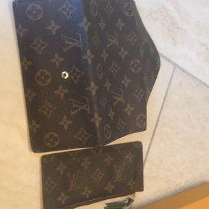 Louis Vuitton Bags - Authentic Louis Vuitton Josephine Wallet w insert